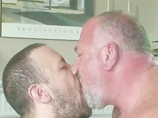 Bear Old Gay Couple Sex / 4836