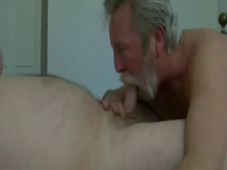 Beard Daddy blow and eat cum / 107
