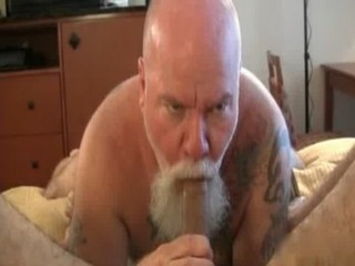 Two hairy guys have great sex as they gay sex / 216