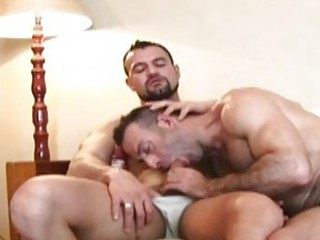 Bearded mature gay hunk blows hard throbbing boner / 120
