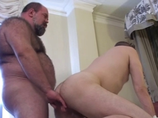 bear and Chubby fuck hot / 2019